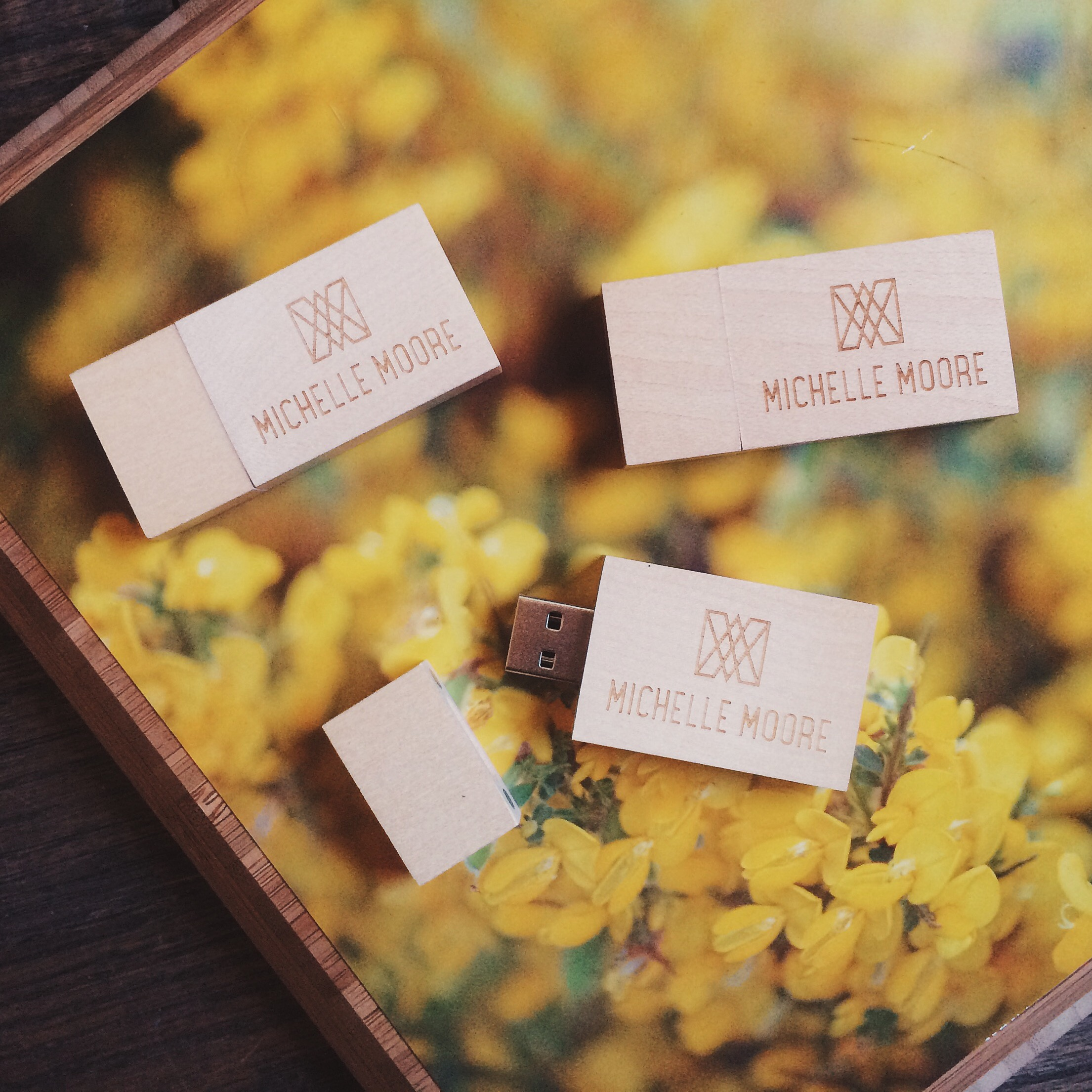 Custom Wood Engraved USB drives for Photographers Review by Michelle Moore